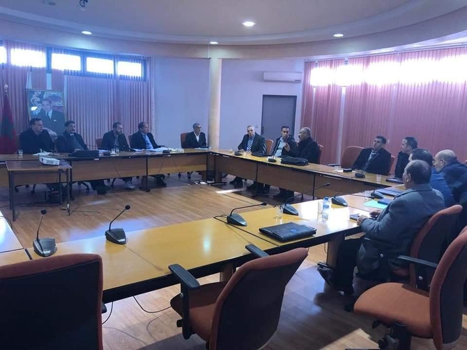 نقابيون يفرضون إيفاد لجنة جهوية للتحقيق والتدقيق بالمديرية الإقليمية للتعليم بسطات