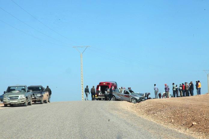 """إصابة شخصين في انقلاب سيارة بطريق """"سطات- مشرع بن عبو"""""""