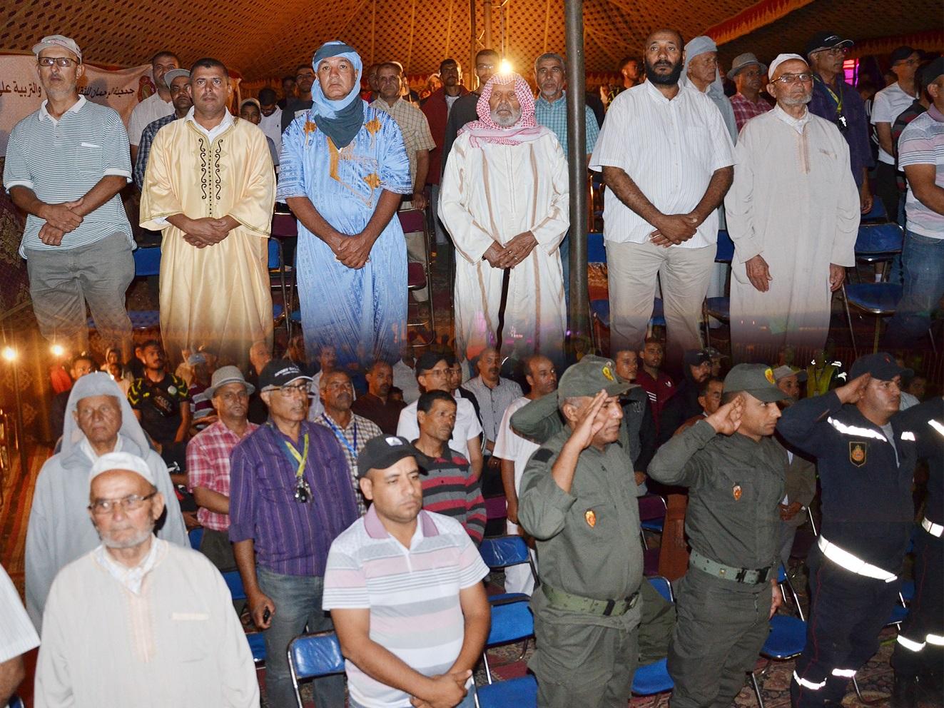 هكذا تتبع سكان العالم القروي الخطاب الملكي من الخيمة الرسمية لمهرجان أولاد امعمر