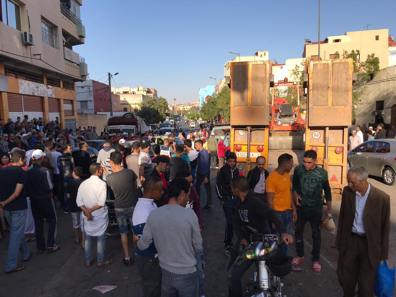 سطات تنجو من الكارثة .. شاحنة مجنونة تدهس سيارات ومواطنين لحظات قبل الإفطار