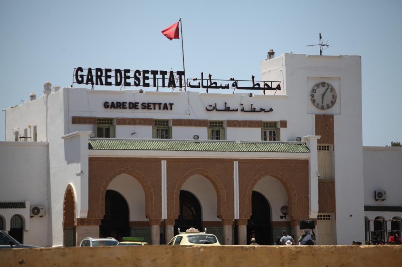 سطات المنسية: على بعد أسابيع من 2020 السطاتيون لم ينسوا أن الحكومة وعدت ببناء محطة قطار جديدة قبل 2015