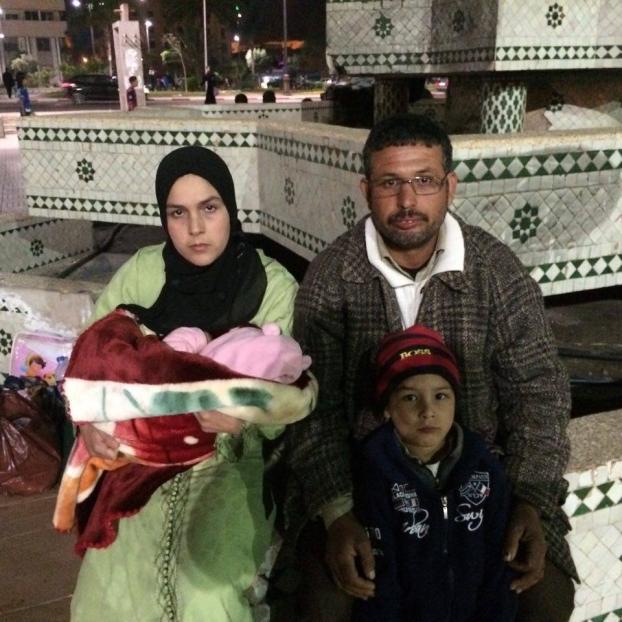 مآساة:طفل ورضيع دون دواء ولا مسكن وتشريد عائلة ببرشيد أمام أعين السلطات ولا مغيث+صور