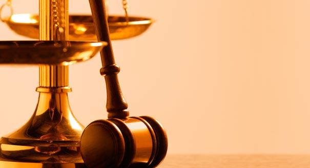 سطات: الاحتفاء بقضاة وأطر كتابة الضبط المتقاعدين والمنتقلين