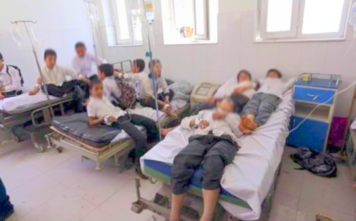 حالة إستنفار بعد تسمم جماعي لأكثر من 37 تلميذ بضواحي سطات والحصيلة قابلة للارتفاع