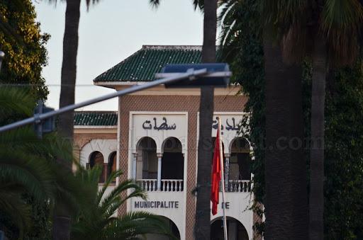 سوق مبروكة.. هدية المجلس الجماعي لسطات للمستثمرين الخواص !!
