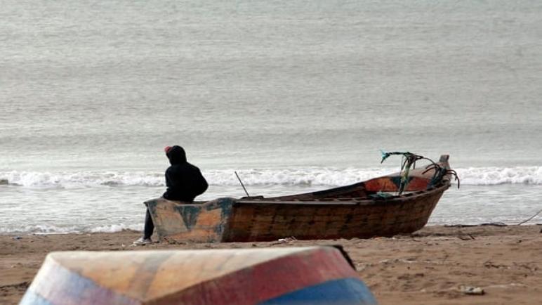 عائلات بالبروج تعيش على أعصابها جراء انقطاع أخبار أبنائها بعرض البحر