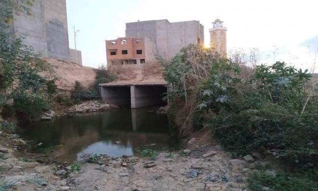 البشاعة تنتصر بأحد احياء سطات، و الجهات المسؤولة مطالبة بالتدخل …