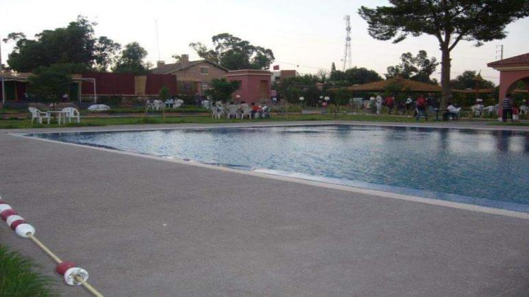 القضاء الاستعجالي يعيد المسبح البلدي لجماعة البروج